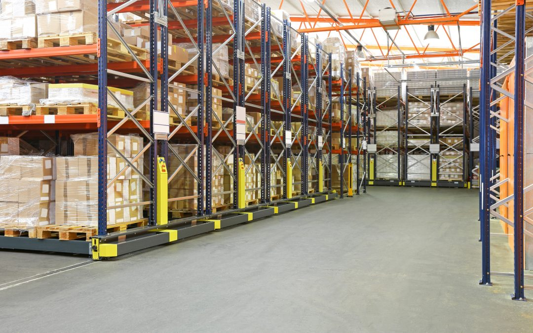 What's The Difference Between a Transload Warehouse and Cross Docking?